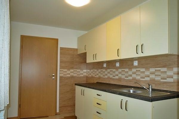 kuchynka-na-vyhlidce-11295D98F-74F6-DEDC-EF17-194B406163F8.jpg
